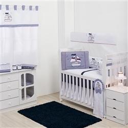 Quarto para Bebê sem Cama Babá Barco à Vela