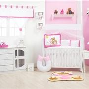 Quarto para Bebê sem Cama Babá Ursa Flor Pink