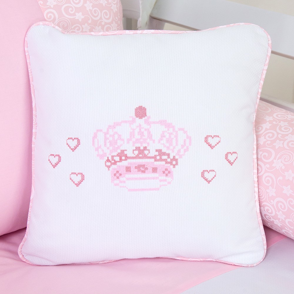 Almofada Decorativa Bordada Coroa Encantada