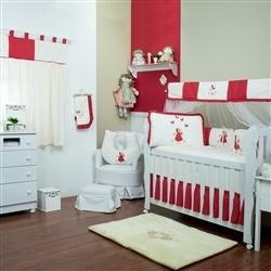 Quarto para Bebê sem Cama Babá Camponesa Vermelha