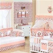 Quarto para Bebê sem Cama Babá Boneca Floral