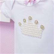 Body Manga Curta Coroa com Pérolas Branco 3 a 6 Meses