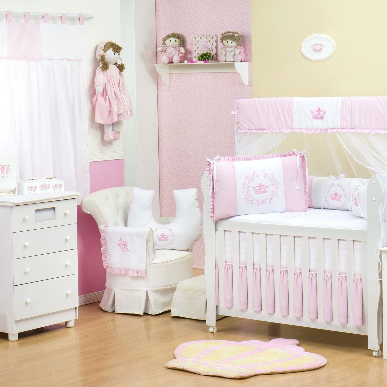 Quarto para Bebê sem Cama Babá Coroa Brasão Rosa Xadrez