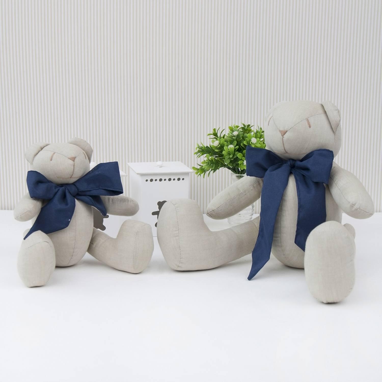 Ursos Chambrê Bege com Laço Marinho