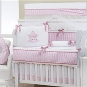Quarto Econômico para Bebê sem Cama Babá Princess Rosê