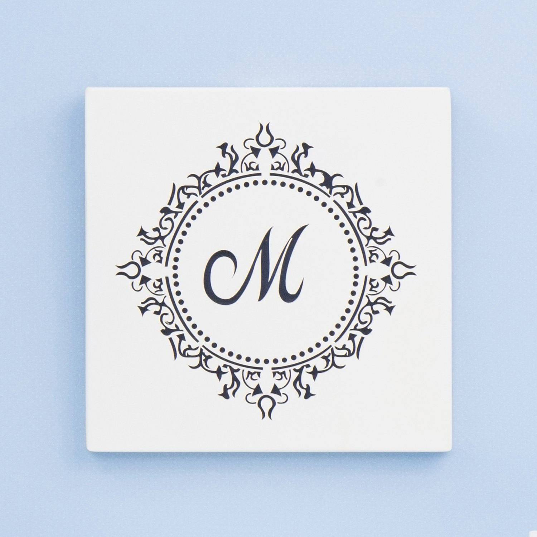 Quadro Decorativo Marselle Marinho com Inicial do Nome Personalizada