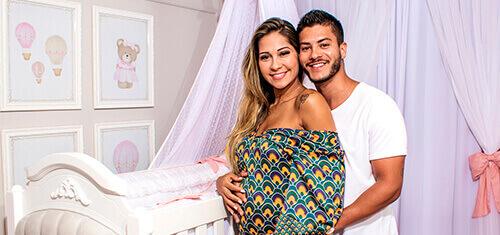 Mayra Cardi e Arthur Aguiar escolhem quarto Princesa Clássica para Sophia!