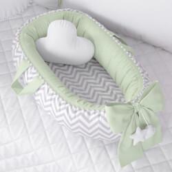 Ninho para Bebê Redutor de Berço Pompom Chevron/Verde