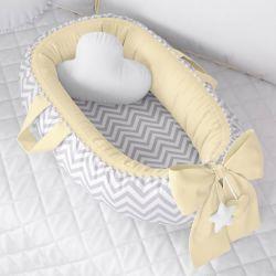Ninho para Bebê Redutor de Berço Pompom Chevron/Amarelo