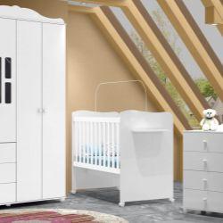 Quarto para Bebê Enzo com Berço/Cômoda/Guarda-Roupa de 4 portas