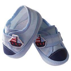 Sapatinho De Bebê com Aplicação de Barquinho Azul