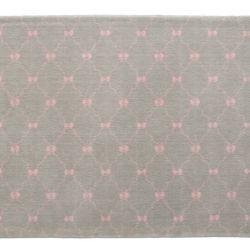Tapete Retangular Cinza Lacinhos Rosa 1,50m