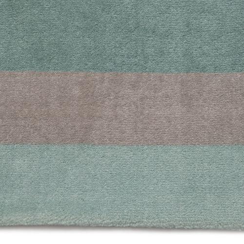Tapete Retangular Listrado Tricolor Verde 2,50m