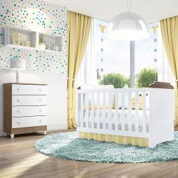 Quarto de Bebê Mel Flat Amadeirado com Berço/Cômoda