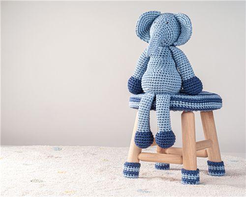 Banquinho Amigurumi Elefantinho Azul