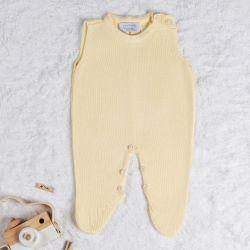 Macacão Tricot Amarelo Camomila