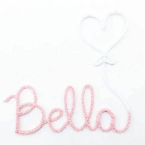 Nome Tricotin Personalizado Coração Branco e Rosé (até 6 letras)