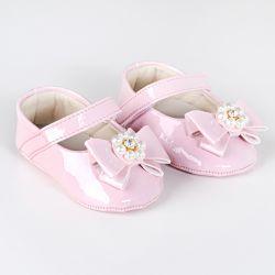 Sapatilha de Bebê Flor de Pérola Verniz Rosa