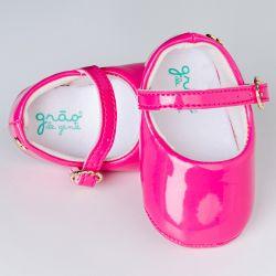 Sapatilha de Bebê Petit Coração Verniz Pink