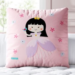 Almofada Quadrada Princesa Yumi Rosa 33cm