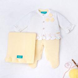 Saída Maternidade Tricot Ladylike Flor e Pérola Amarelo 03 Peças