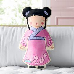 Almofada Meninas do Mundo Saori 33cm