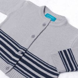 Saída Maternidade Tricot Cardigan e Calça Listras Cinza e Azul Marinho 02 Peças