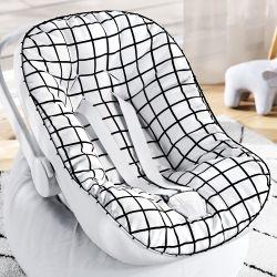 Capa de Bebê Conforto com Protetor de Cinto Quadriculado Preto e Branco