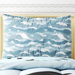 Fronha de Travesseiro Infantil Ondas do Mar Azul e Branco