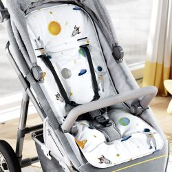 Capa de Carrinho com Protetor de Cinto Astronautas