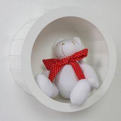 Nicho de Madeira Redondo Branco com Ursa de Laço Poá Vermelho 25cm