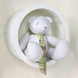 Nicho de Madeira Redondo Branco com Urso de Gravata Xadrez Verde 30cm