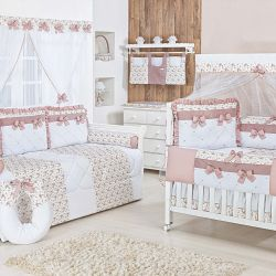 Quarto para Bebê sem Cama Babá Charlotte Floral Rosê