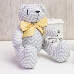 Urso Chevron Gravata Amarela 34cm