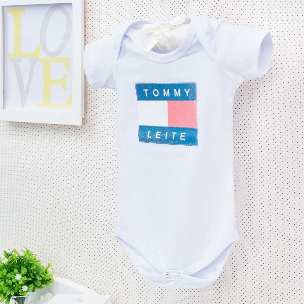Body Manga Curta Tommy Leite Branco 3 a 6 Meses