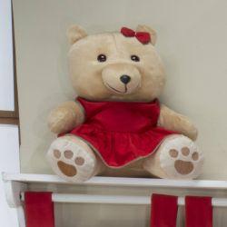 Ursa Requinte Bege com Vestidinho Vermelho 31cm