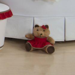 Ursa Requinte Marrom com Vestidinho Vermelho 15cm