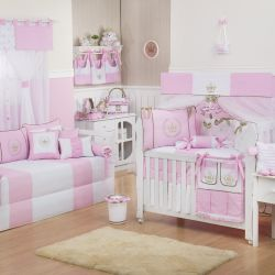 Quarto de Bebê Realeza Luxo Rosa