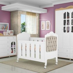Quarto de Bebê Provence Amêndoa com Berço/Cômoda/Guarda-Roupa de 4 portas