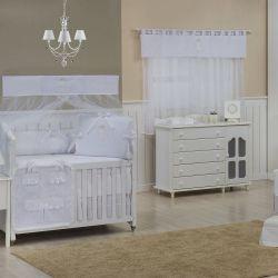 Quarto para Bebê sem Cama Babá Urso Real Branco