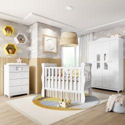 Quarto de Bebê Berço Branco + Cômoda + Guarda Roupa 4 Portas Mila