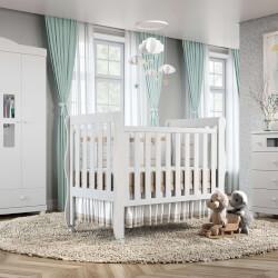 Quarto de Bebê Mila com Berço/Cômoda/Guarda-Roupa de 4 Portas