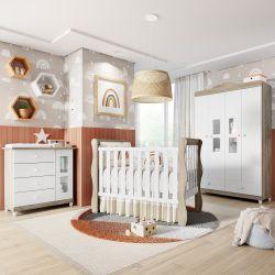 Quarto de Bebê Berço Madeira + Cômoda c/ Porta + Guarda Roupa 4 Portas Mila