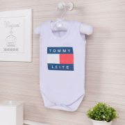 Body Regata Tommy Leite 6 a 9 meses