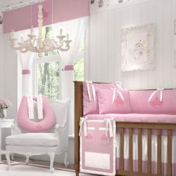 Quarto de Bebê Princesa Rosa Premium