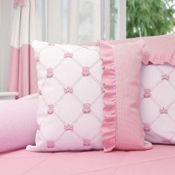 Almofada Bordada Ursinha Clássica Rosa