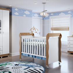Quarto de Bebê Luxo Amadeirado com Berço/Cômoda/Guarda-Roupa de 4 Portas