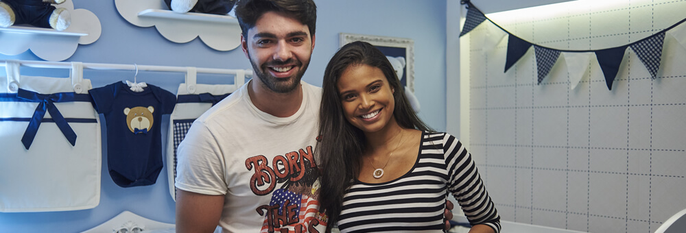 Aline Dias e Rafael Cupello apostam em decoração sofisticada para receber o Bernardo